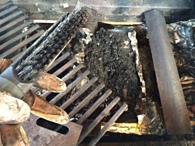 how to clean an old bbq